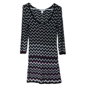 White house black market chevron knit fitted dress